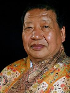 Dr Akong Tulku Rinpoche