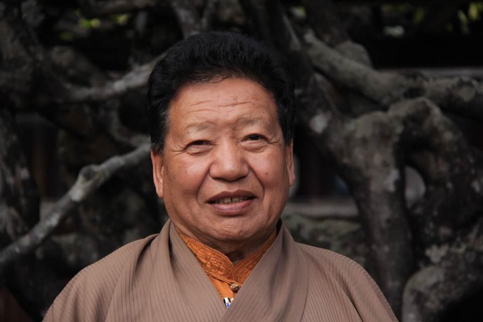 Akong Rinpoche