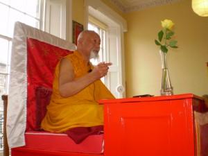 Lama Yeshe Losal Rinpoche teaching